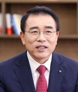조용병 신한금융그룹 회장(사진=한국경제 DB)