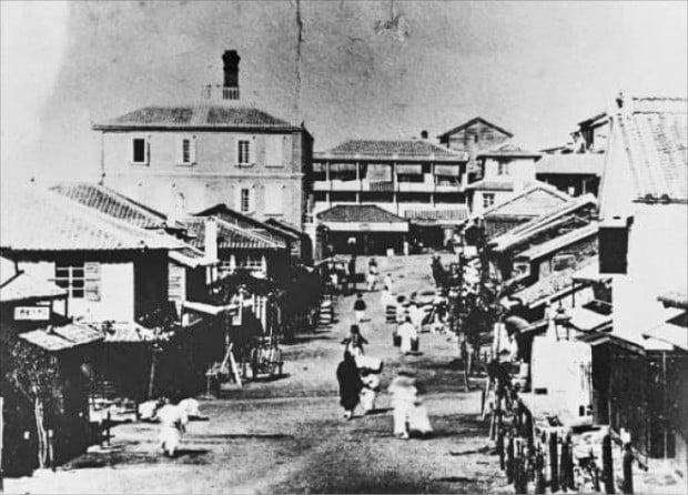 1904년 촬영한 인천항의 일본인 거류지.