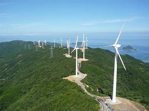 [김동욱의 일본경제 워치] 바람 방향과 강도 고려해 AI가 풍력발전소 미세조정할 준비 마친 日