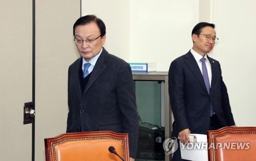 """민주, 협치부담에 야3당 달래기 """"선거제 이제 충분히 논의하자"""""""