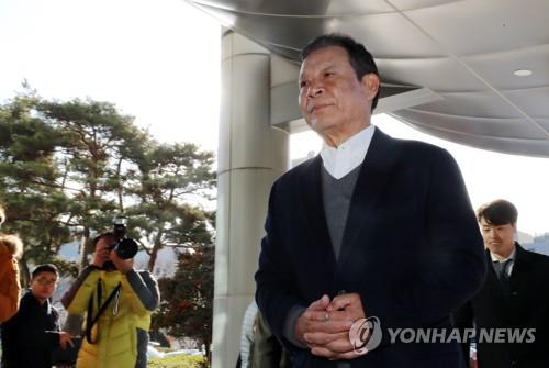 """SNS에 윤장현 딸의 글 """"선한 뜻으로 살아온 분…잘 해낼 것"""""""