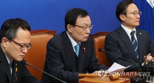 """민주 """"산업안전보건법·유치원3법 반드시 통과""""…한국당 압박"""