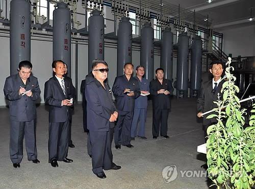 北, 김정일 7주기 추모 분위기 띄워…올해는 '경제업적' 방점
