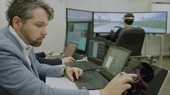 닛산은 뇌파로 자동차를 운전하는 B2V 기술을 연구하고 있다. /한국뇌연구원 제공