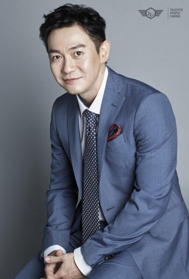 박용우 '유체이탈자' 주연 확정