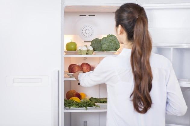 [건강칼럼] 다이어트 벌써 포기?…식단과 함께 행동도 수정하라