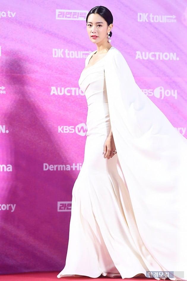 [포토] 클라라, '결혼하더니 더 예뻐졌네~' (서울가요대상)