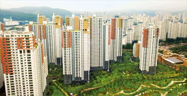 경기 수원시와 용인시에 걸쳐 조성된 광교신도시 전경(자료 연합뉴스)