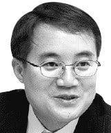[한상춘의 국제경제읽기] 흔들리는 한국 경제…올 상반기에 운명 갈린다