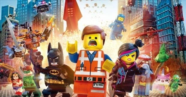 장난감회사 레고는 컴퓨터 게임을 개발하고, 영화까지 제작하며 영역을 넓혀가고 있다. 영화 '레고무비'의 한 장면.  /한경DB