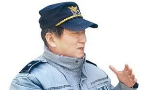 서울역파출소 한진국 경위…서울역 노숙인들의 '큰 형님'
