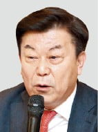"""박성택 """"최저임금 차등화하고 주휴수당 폐지해야"""""""