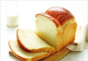 뚜레쥬르 100만개 팔린 '통우유식빵' 비결은?