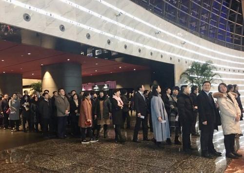 北예술단 3년여만 베이징 공연…안면인식기 동원 철통보안