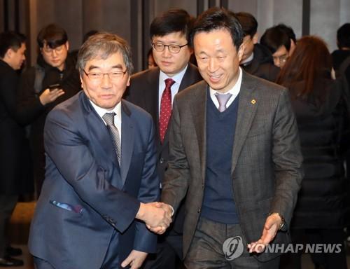 """금감원장, 여신금융CEO 만나 """"리스크 관리 만전 기해달라"""""""