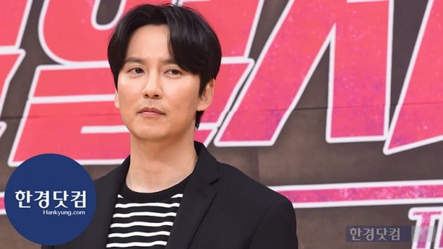 [HK영상] '열혈사제' 김남길, '또 사제 드라마? 우리가 만들면 달라요~'