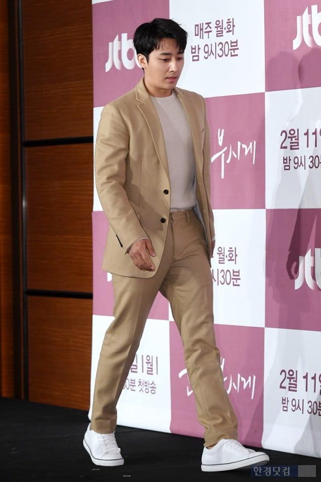 [포토] 손호준, '제주도 바리스타에서 배우로~'