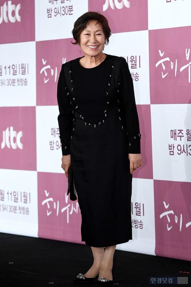 [포토] 김혜자, '국민엄마의 인자한 미소'