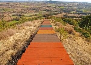 영주산 등반의 하이라이트 천국의 계단.