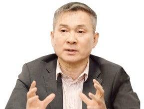 """""""만년 3위론 살아남을 수 없다""""…하현회의 '선공·동맹' 파격행보"""