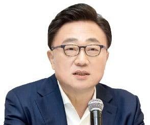 """고동진 삼성전자 사장 """"한국선 5G 갤럭시폴드…5월에 출시"""""""