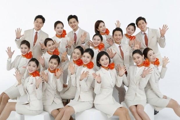 대한항공 1180명, 아시아나항공 750명…올해 국내항공사 신규채용 '고공비행'