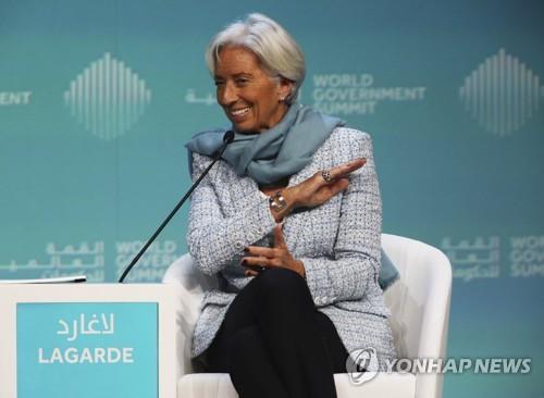 """라가르드 IMF 총재 """"파키스탄 도울 준비 돼 있어"""""""