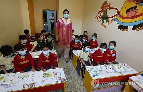 인도 '돼지독감' 확산 비상…뉴델리 7명 등 312명 사망