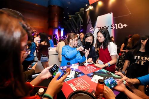 삼성 갤럭시S10 동남아 공략…싱가포르서 출시행사