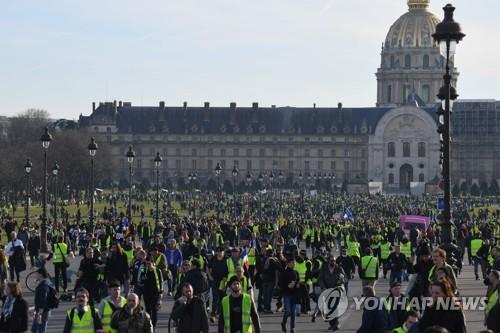 석달째 맞은 佛 '노란 조끼'…파리 등 주요 도시서 14차 집회