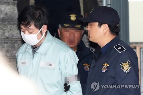 """경찰 """"조재범, 선수촌 등서 상습 성폭행""""…내일 檢송치"""
