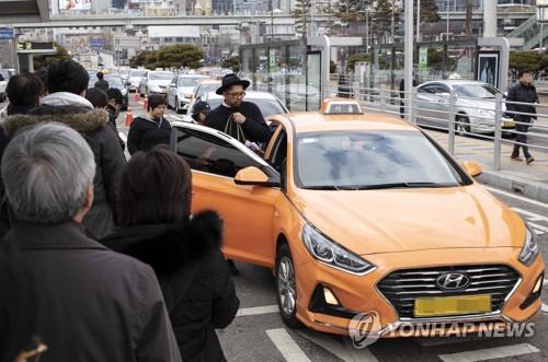서울 택시 기본요금, 내일 새벽 4시부터 3800원으로 인상