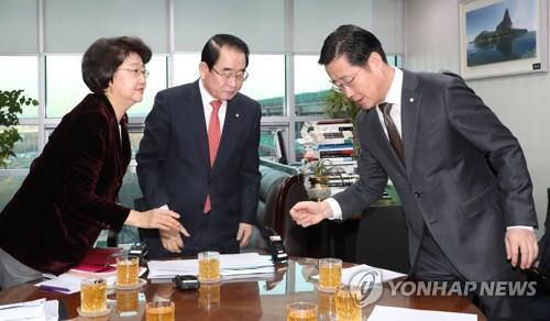 '물 윤리위' 오명 언제까지…20대 국회 의원 징계안 처리 전무