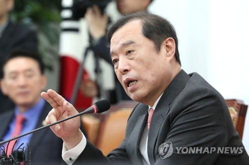 """김병준 """"한국당 지지율 30% 거의 채웠다…극우화 안 될 것"""""""