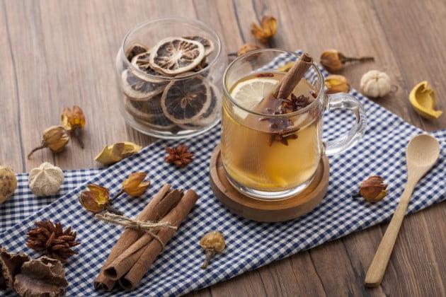 [건강칼럼] 시나몬물 매일 마시면… 77사이즈도 44사이즈 될까?