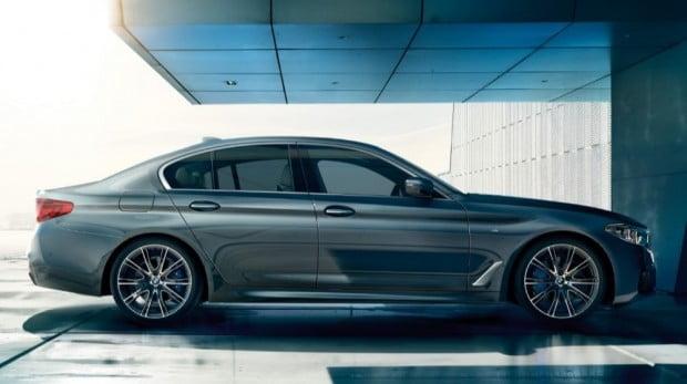 [카POLL] BMW '520d' vs 'X3'…2세가 태어납니다!