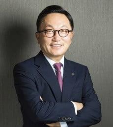 """박현주 미래에셋 회장 """"1분기 해외법인 이익 700억…올 일본 진출"""""""