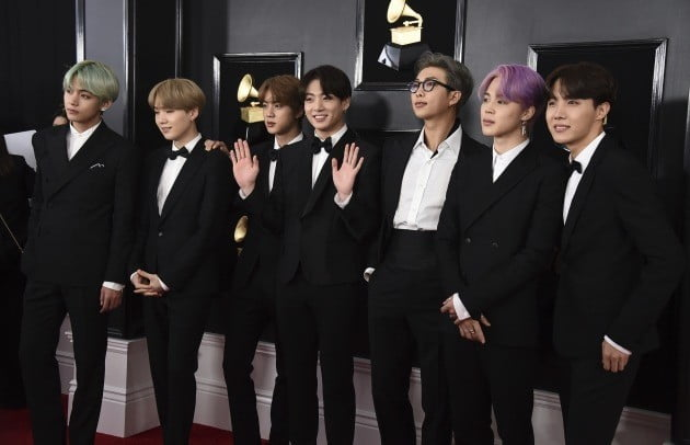 BTS arrives at the 61st annual Grammy Awards at the Staples Center on Sunday, Feb. 10, 2019, in Los  Angeles. AP연합뉴스
