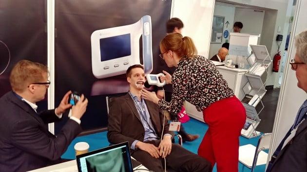 아이오바이오, 광학식 충치 진단장비 '큐레이캠 프로' 의료기기 인증