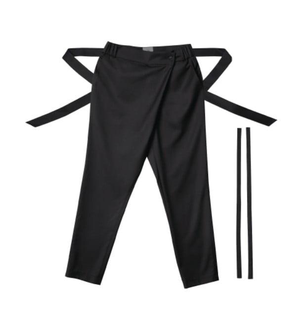 방탄소년단 지민, 표지 장식 비결은 '부채 춤사위와 어우러진 한복'