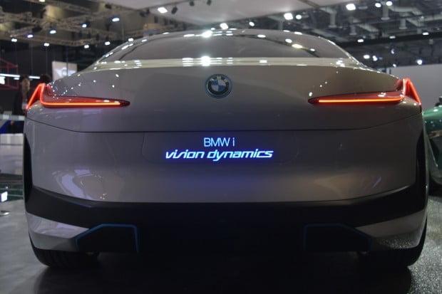 BMW는 서울모터쇼에서 미래차'i 비전 다이내믹스'를 국내 최초로 선보였다. / 사진 = 정현영 기자
