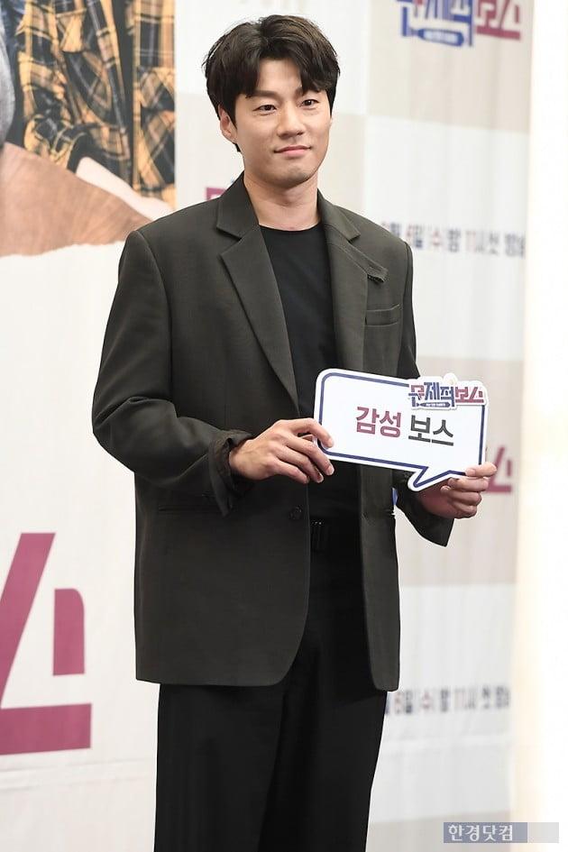 [포토] 이천희, '부드러운 모습의 감성 보스'