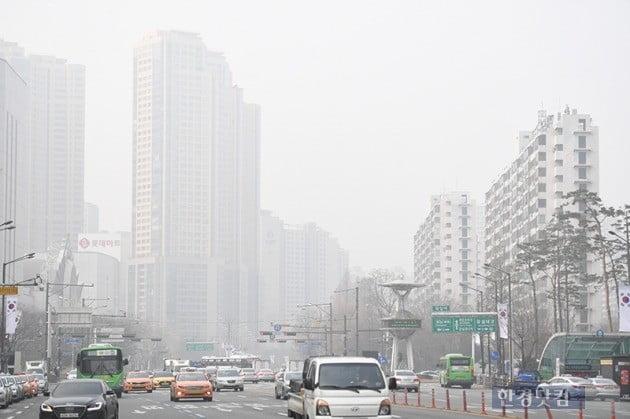 미세먼지 저감 '비상'…한 달간 전국서 자동차 배출가스 단속