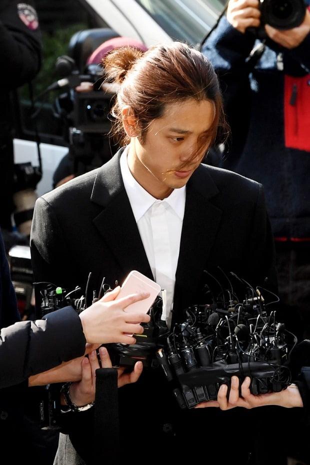 성관계 영상 불법 촬영 및 유포 혐의로 구속된 정준영 /사진=한경DB