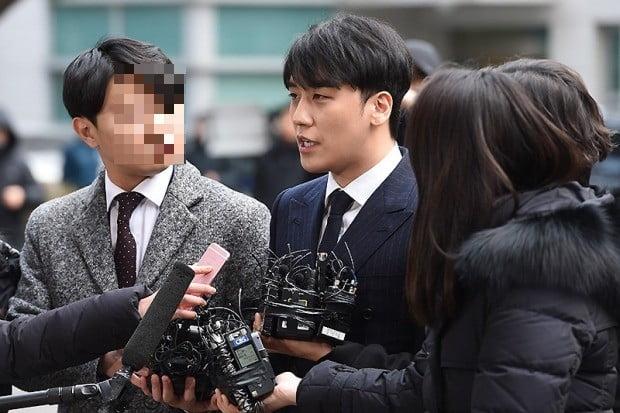 승리 '성매매 알선' 피의자로 경찰 출석 /사진=변성현 기자