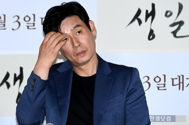 [PHOTOPIC] 설경구, '슬픔에 잠긴 배우'