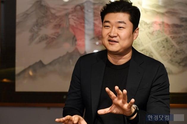 """[투자 썰쩐] (13) 김환기 '산월' 투자 모집 7분 만에 완료…""""두 달 만에 1000만원 벌었다"""""""