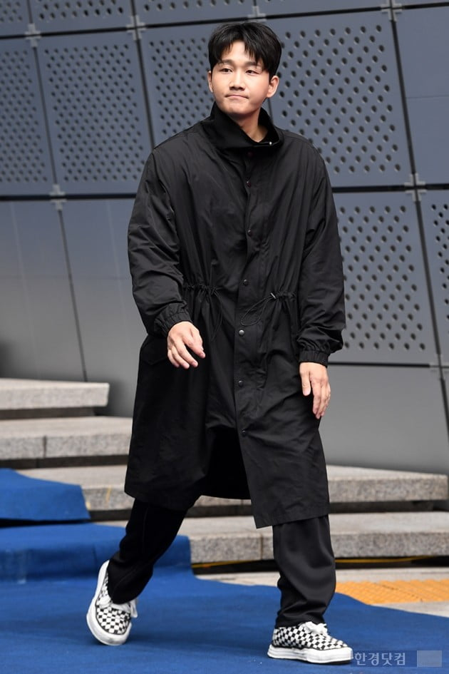 [포토] 이용진, '갈 곳 잃은 인턴'(2019 F/W 서울패션위크)