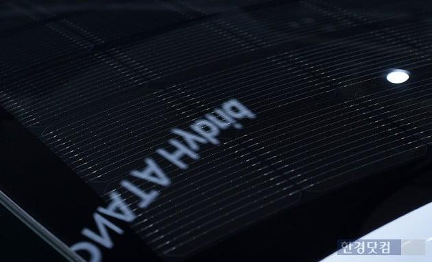 [포토] '솔라 루프' 적용된 '쏘나타 하이브리드' (2019 서울모터쇼)