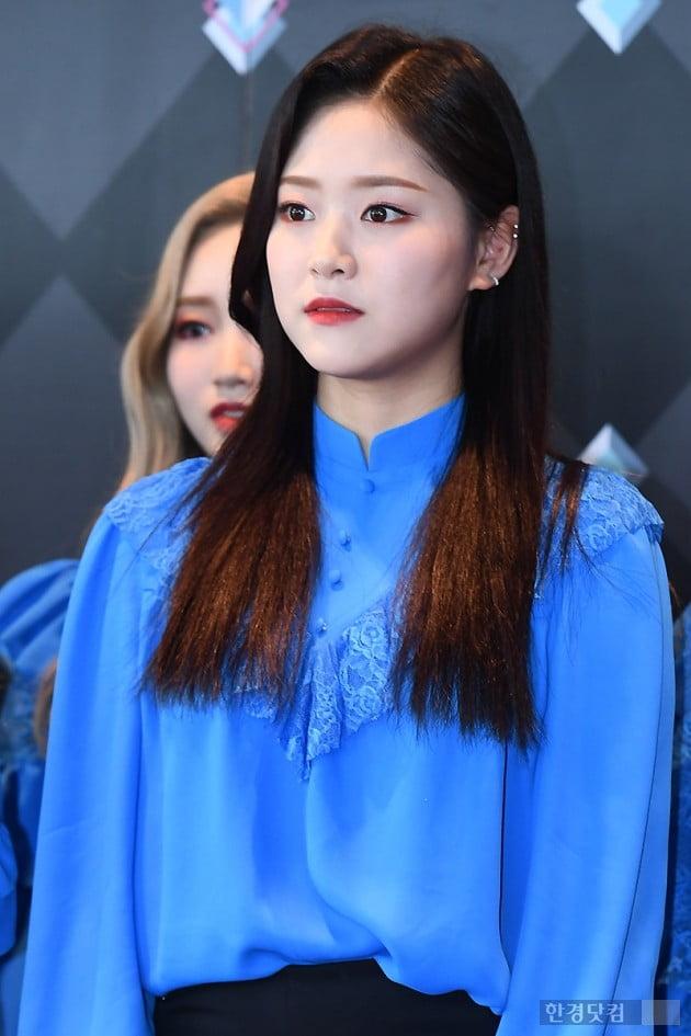 [포토] 이달의 소녀 현진, '무표정에도 돋보이는 깜찍함'